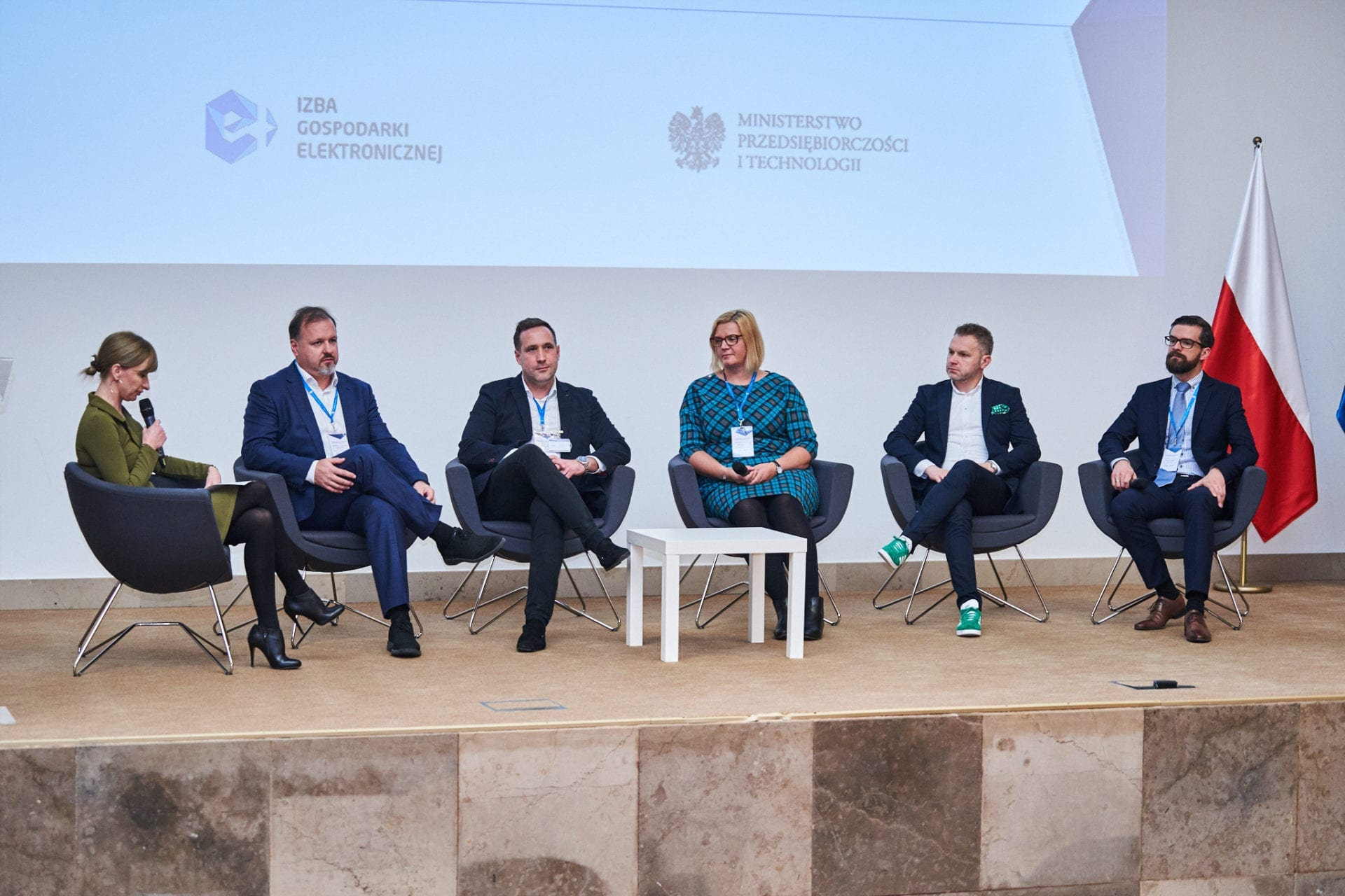 "Relacja z konferencji ""Crossborder e-commerce"" – 7.11"